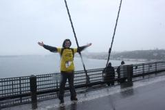 Köprüde Kıtalararası Yoga