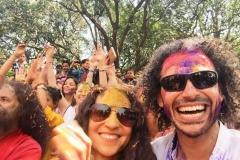Yoga Festivalinde Happy Holi Bayramı